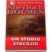 Sherlock Holmes - Un studiu stacojiu (Volumul VIII)