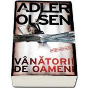 Jussi Adler Olsen, Vanatorii de oameni