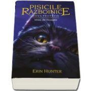 Pisicile razboinice. Noua profetie - Volumul VII - Miez de noapte de Erin Hunter