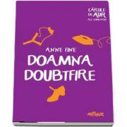 Doamna Doubtfire de Anne Fine - Colectia Cartile de aur ale copilariei