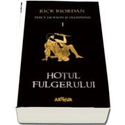 Percy Jackson si Olimpienii (1). Hotul fulgerului - Editie paperback