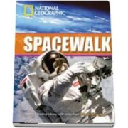 Spacewalk. Footprint Reading Library 2600. Book with Multi ROM